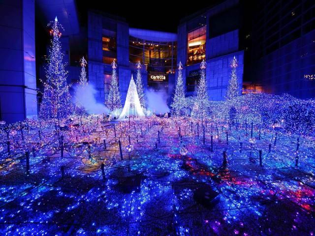 7.-Shiodome-Caretta-Illumination-2015-en-Caretta-Shiodome-Tokio